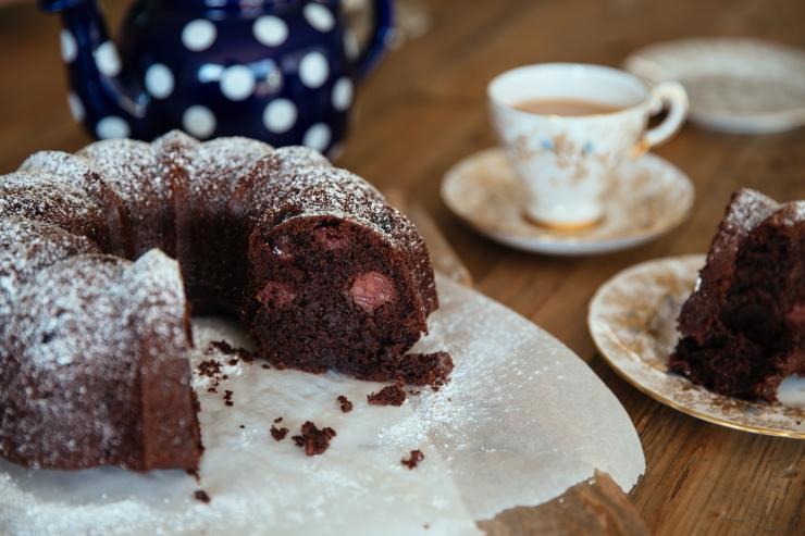 chocolate-cherry-cake-11